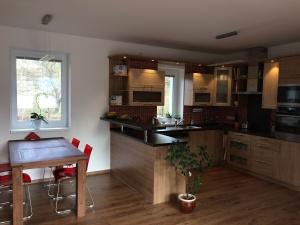 RD Liberec - kuchyň
